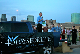 David Bereit, founder and national director of 40 Days for Life addresses the 300 people gathered for the launch of the Fort Worth Campaign. (photo by Joan Kurkowski-Gillen)