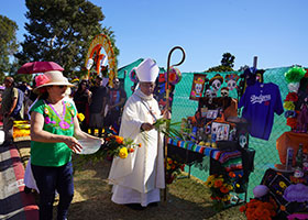 Archbishop blesses Day of Dead altars in Los Angeles