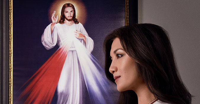 Christina Hoang with Divine Mercy image