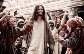 "Diogo Morgado portrays Christ in a scene from the television miniseries ""The Bible."" The miniseries runs on the History Channel 8-10 p.m. Eastern time each Sunday in March through March 31, Easter Sunday. (CNS photo/courtesy of The History Channel)"