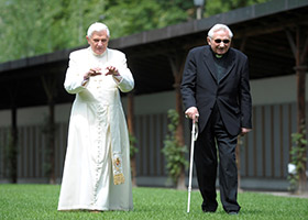 Pope Emeritus Benedict XVI and his brother, Georg Ratzinger