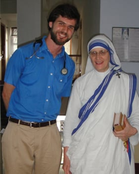 "In Calcutta, India, Heyne worked at homes for the sick and dying run by the Missionaries of Charity. He is shown here with Mother Teresa's successor, Sister Mary Prema."" (Photo Courtesy Tommy Heyne)"