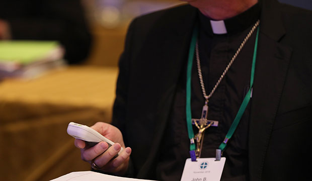 bishop with electronic device