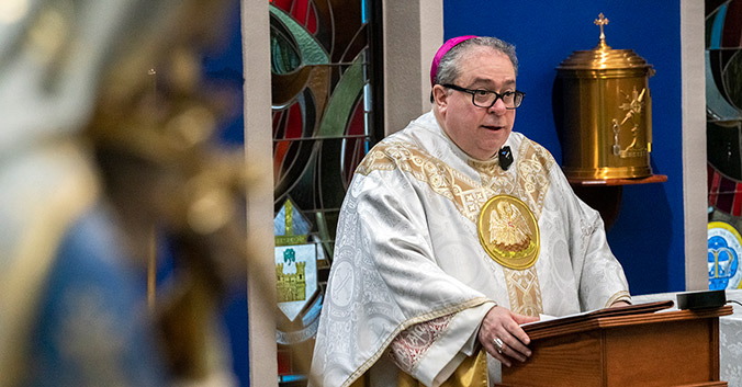 Bishop Olson celebrates Mass at Nolan