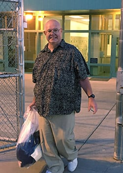 Hal Elkins smiles as he walks out of the Oregon State Penitentiary in 2018.