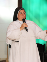Sister Maria Silva, OP, from the Dominican Sisters of Mary, Mother of the Eucharist presented primarily for the Spanish-speaking audience. She used examples from Church documents to tell her listeners that God desires heaven for everyone