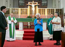 Sister Mary Frances Serafino, SSMN, renews her religious vows at a jubilee Mass celebrating her 70 years of consecrated life. (NTC/Rodger Mallison)